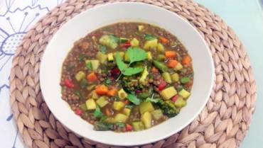 Lentil and vegetables soup