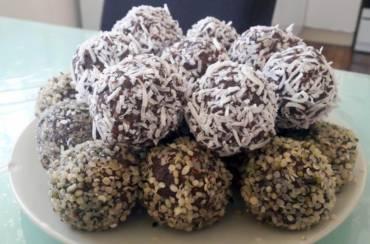 Sweet potato, quinoa & almond bliss balls